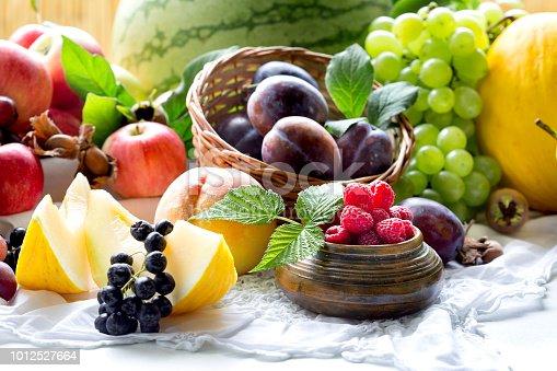 istock Healthy eating, healty food, vegetarian food - fresh delicious and juicy organic fruit 1012527664