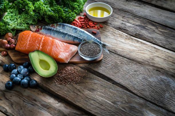 Gesunde Ernährung: Auswahl antioxidativer Nahrungsgruppe, die reich an Omega-3 ist – Foto
