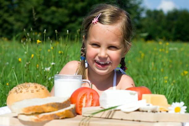 Gesunde Ernährung-Lächeln Kind – Foto