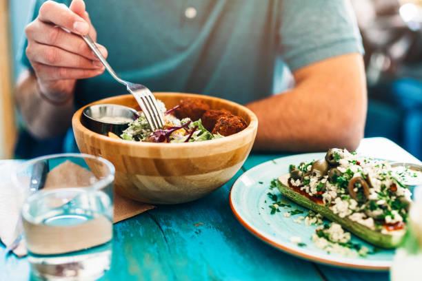 comida sana para el almuerzo - vegana fotografías e imágenes de stock