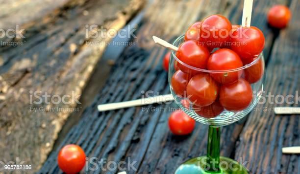 Healthy Food Tomatoes And Vegetable Concept - Fotografias de stock e mais imagens de Alimentação Saudável