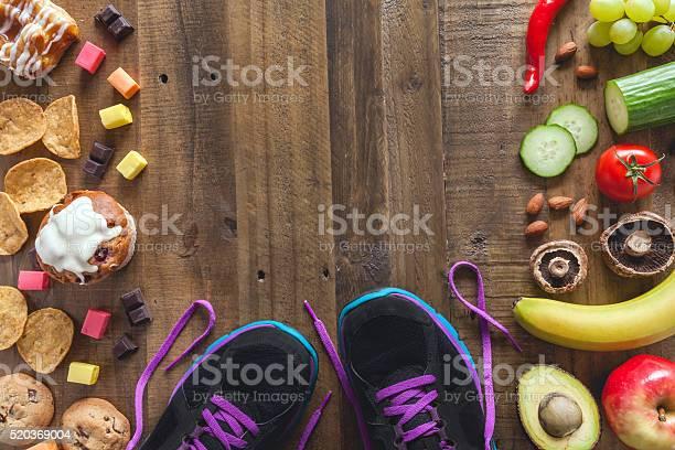 Gesundes Essen Ungesund Essen Und Sport Stockfoto und mehr Bilder von Abnehmen