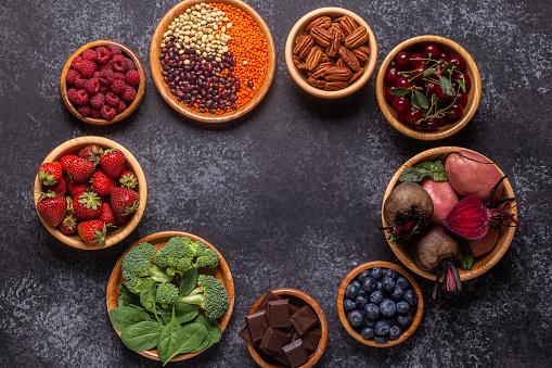 Healthy foods high in antioxidants