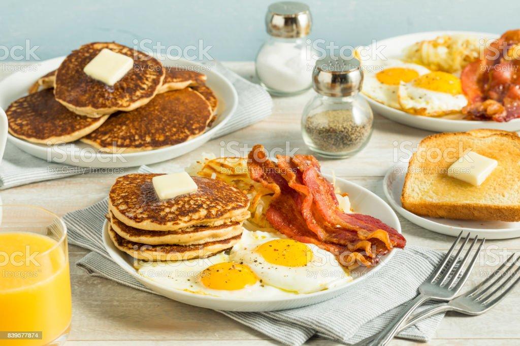 Desayuno Americano Completo Foto de stock y más banco de ...