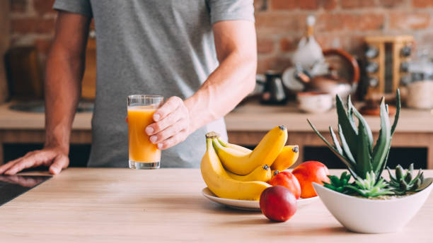 healthy habit balanced diet organic fruit juice - wellbeing stock pictures, royalty-free photos & images