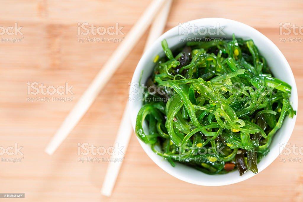 Saudável salada de algas - foto de acervo