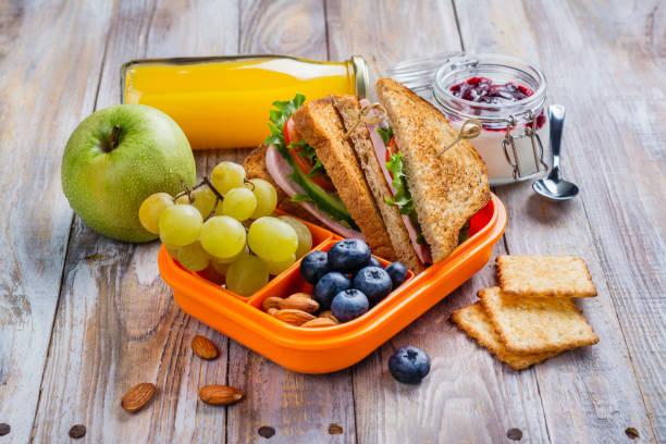 friska barn matlåda - lunchlåda bildbanksfoton och bilder