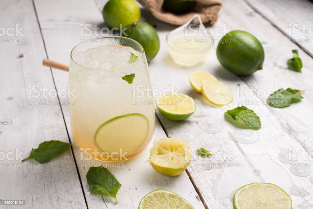 healthy lemonade lime with mint and ice in a glass zbiór zdjęć royalty-free