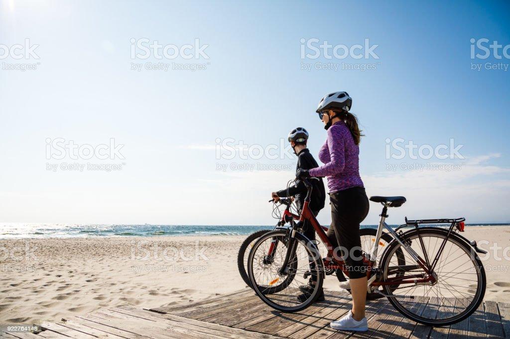Gesunde Lebensweise - Menschen auf Fahrrädern – Foto