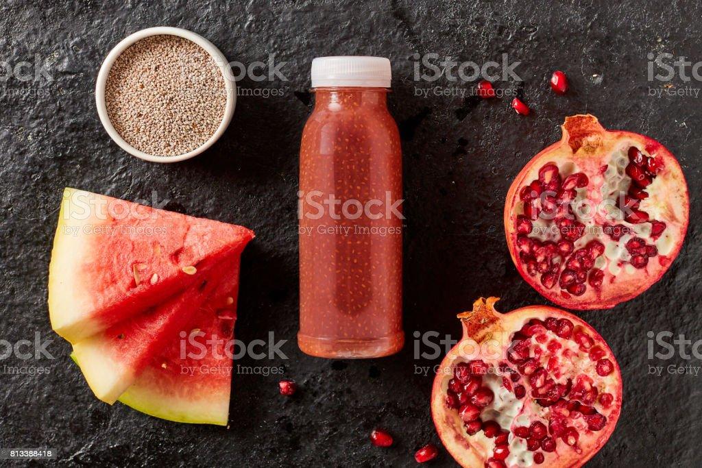 Smoothie de Grenade et de melon d'eau saine - Photo