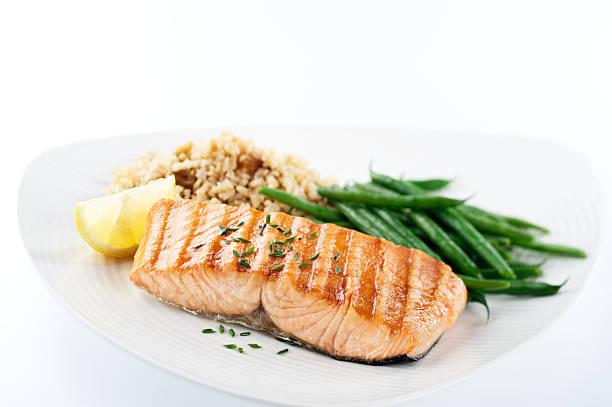 Gesundes Abendessen mit Lachs – Foto