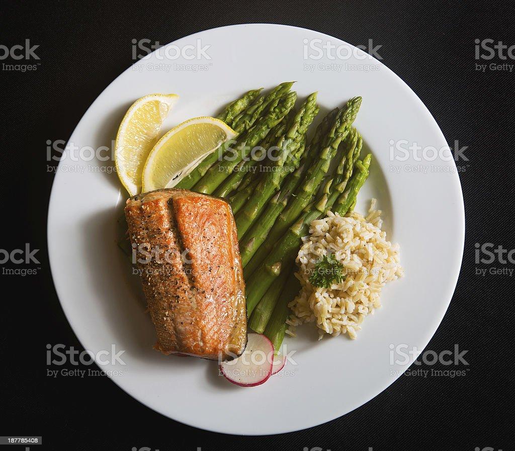 Salmão Jantar saudável - foto de acervo