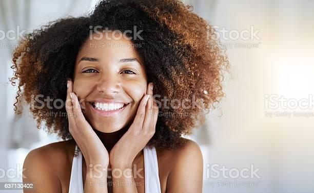 Healthy skin looks good and feels good picture id637130402?b=1&k=6&m=637130402&s=612x612&h=a7wd1xscwnuxqsv4ms1r9aqb0nrluerikkbsi3zxrbc=
