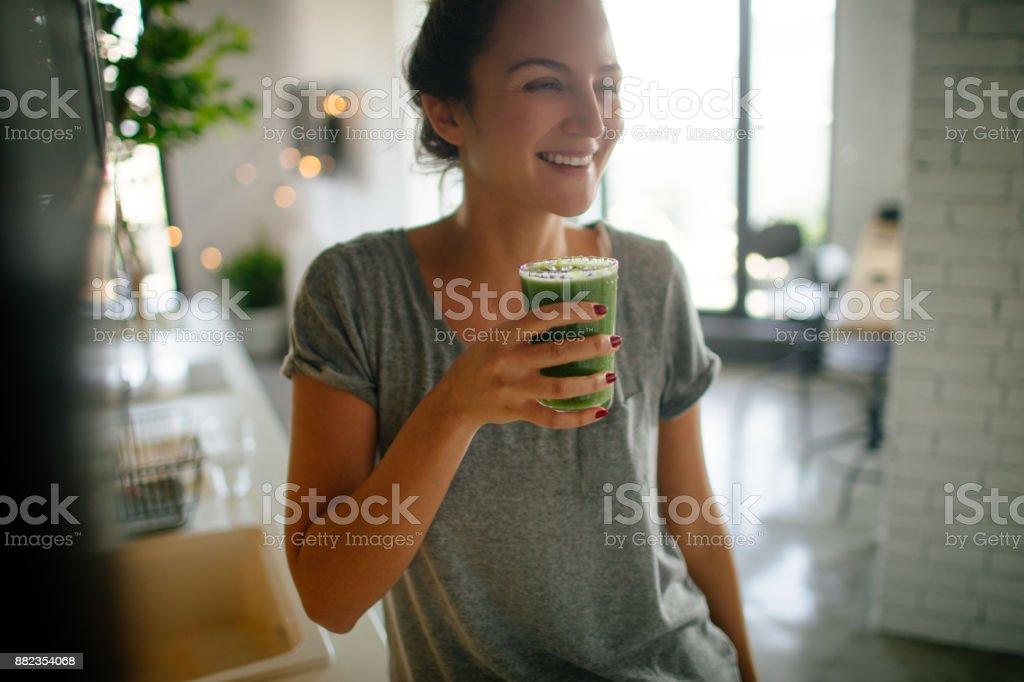 Batido saludable para el desayuno - foto de stock
