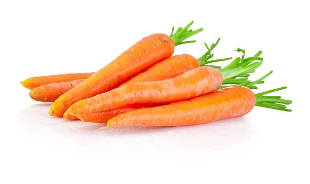 heap of carrots isolated on a white background - 紅蘿蔔 個照片及圖片檔