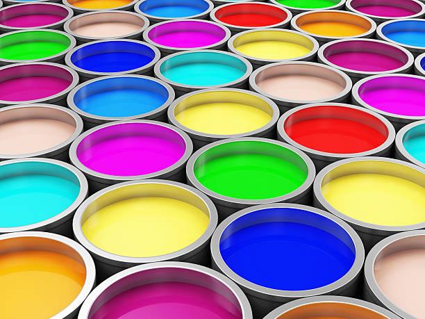 haufen bunte farbe-dosen abstrakter hintergrund - bemalte tontöpfe stock-fotos und bilder