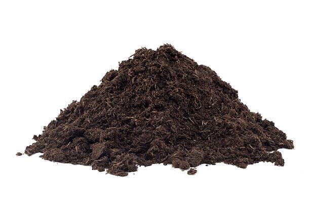 haufen von kompost - haufen stock-fotos und bilder