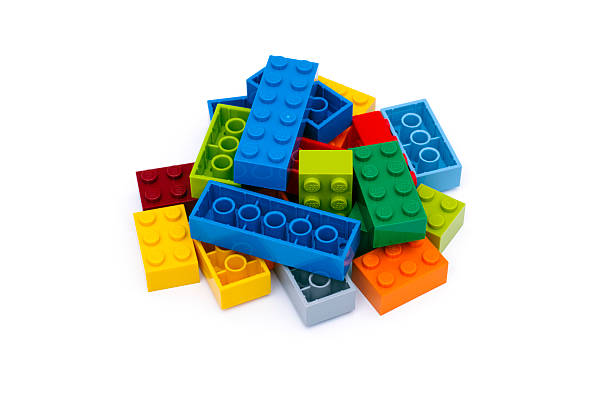 heap of multicolor lego blocks - lego 뉴스 사진 이미지