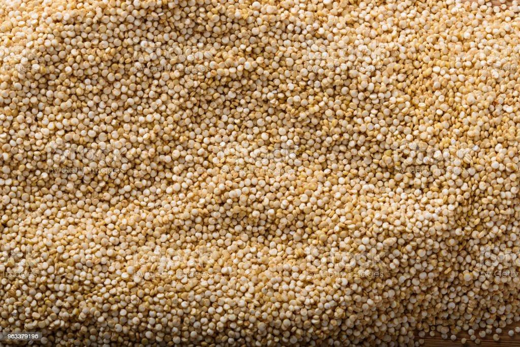 Heap of raw organic Quinoa close up - Zbiór zdjęć royalty-free (Bez ludzi)