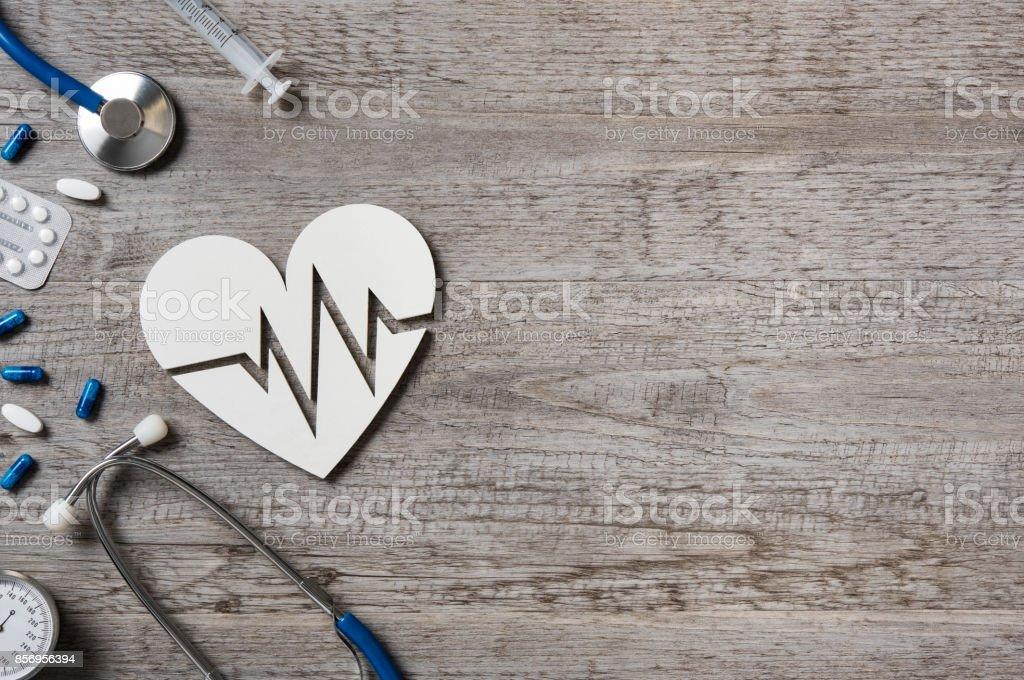 Herz und EKG-Zeichen – Foto