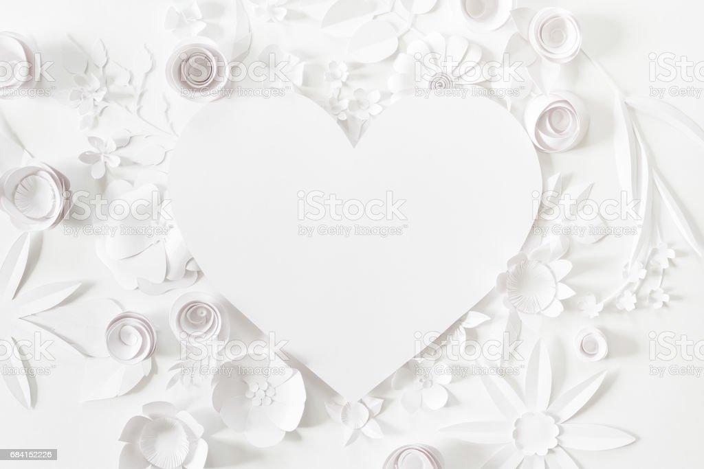 hjärta stomme med vitboken blomma royaltyfri bildbanksbilder