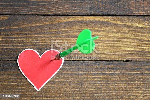 istock Heart pierced by an arrow 542960782