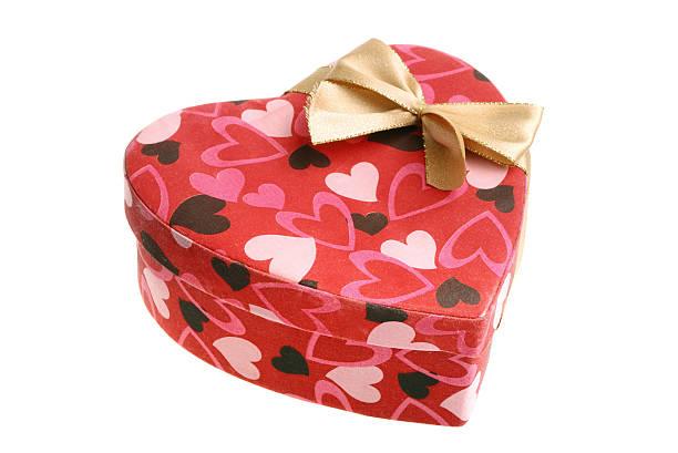 Herzförmige Geschenkbox mit Schleife – Foto