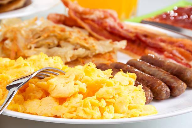 desayuno abundante - desayuno fotografías e imágenes de stock