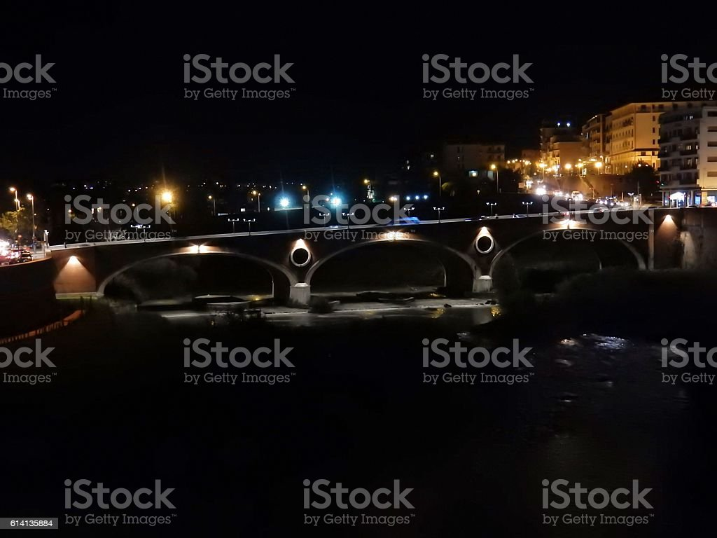 Ponte Calore illuminato stock photo