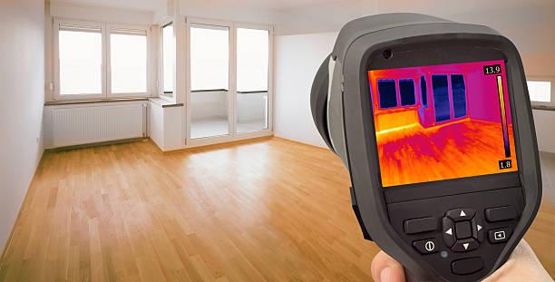 fuite de détection de la chaleur infrarouge - efficacité énergétique photos et images de collection