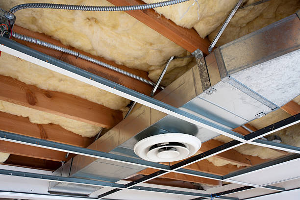 Heizung Ductwork in Büroräume renoviert – Foto