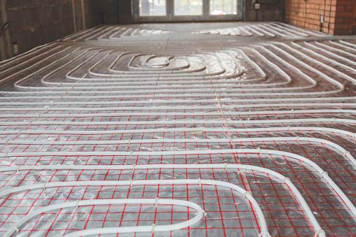 Heating Posed In A Under Construction Building - zdjęcia stockowe i więcej obrazów Biały