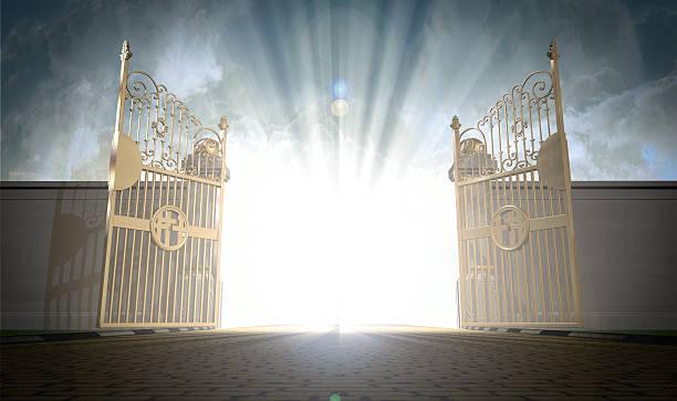 gates céus abertura - portão imagens e fotografias de stock
