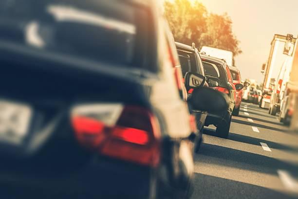Schwere Autobahn-Verkehr – Foto