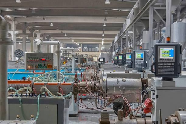 Schwere Maschinen und Ausstellungen in Fabrik Produktion – Foto