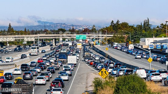 September 9, 2019 Mountain / View / CA / USA - Heavy morning traffic on Highway 101 going through Silicon Valley, South San Francisco Bay Area