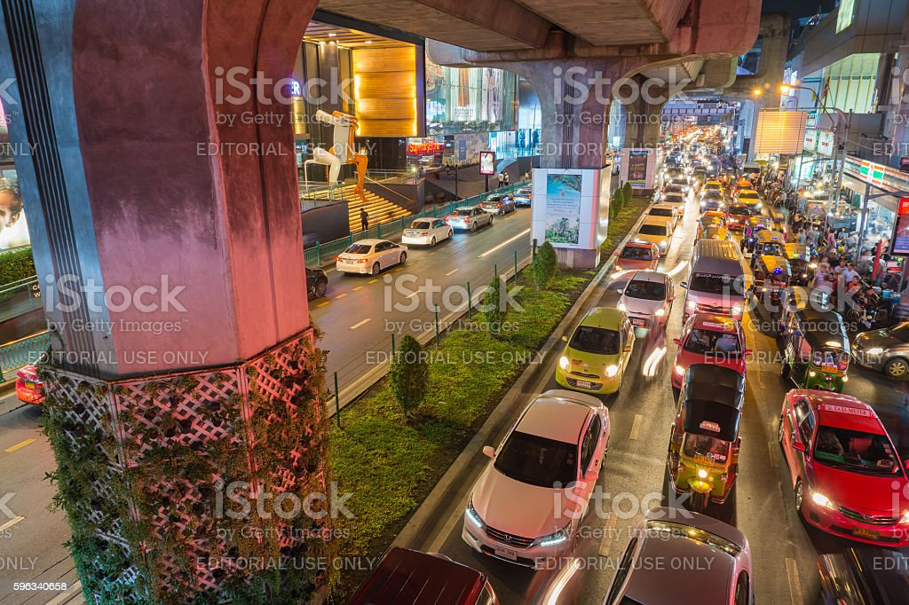 heavy traffic at Siam Square Lizenzfreies stock-foto