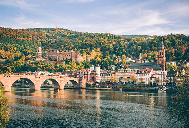 Heidelberg mit der Karl-Theodor-Brücke im Herbst – Foto