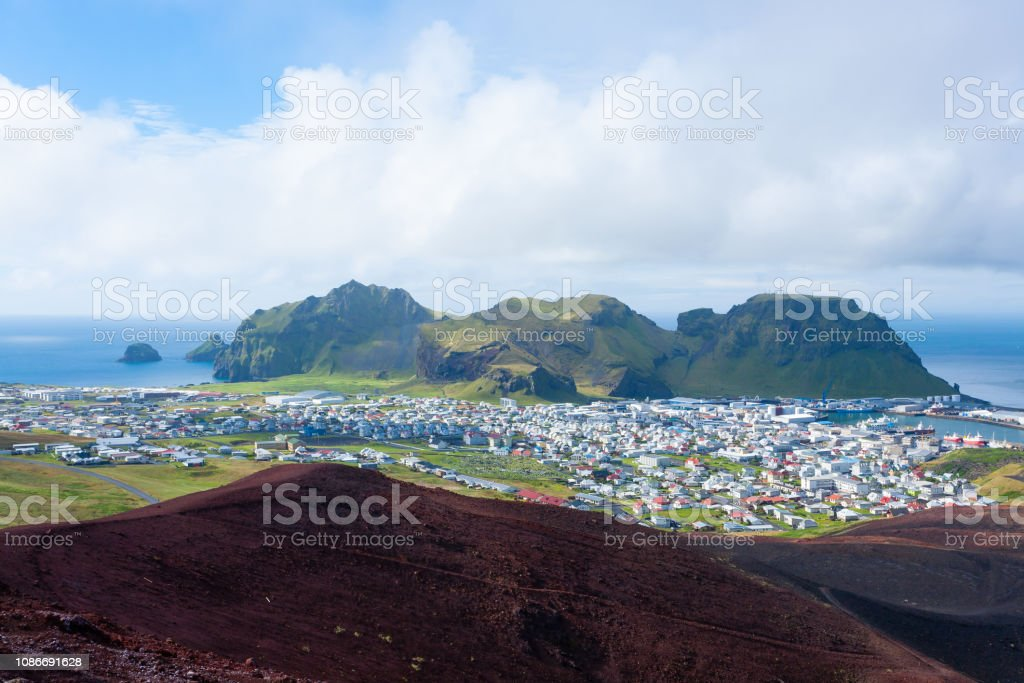 Heimaey Stadt Luftbild vom Vulkan Eldfell. - Lizenzfrei Atlantik Stock-Foto