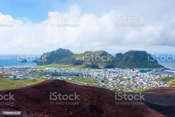 Heimaey Stadt Luftbild Vom Vulkan Eldfell Stockfoto und mehr Bilder von Atlantik