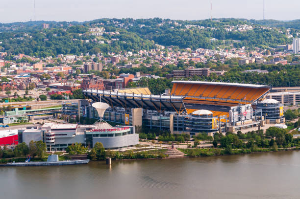 heinz field, the home field for the steelers and the university of pittsburgh football teams seen from the west end overlook, pittsburgh, pennsylvania, usa - heinz stock photos and pictures
