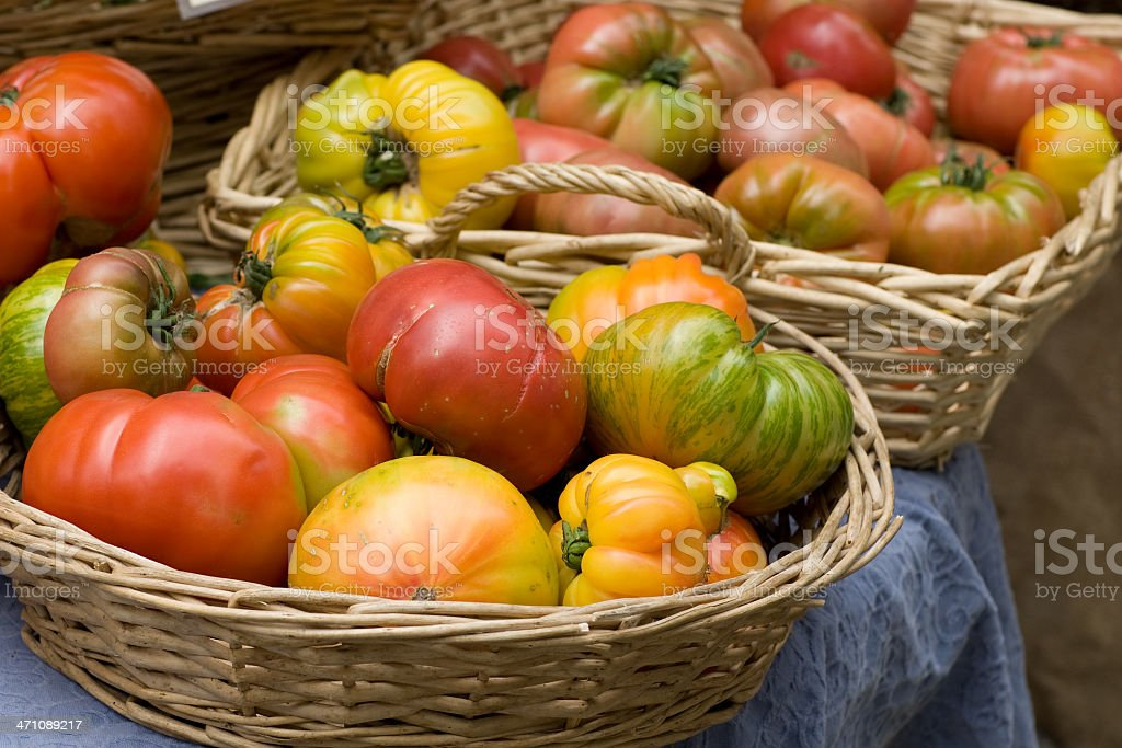 heirloom tomatoes at farmers market royalty-free stock photo