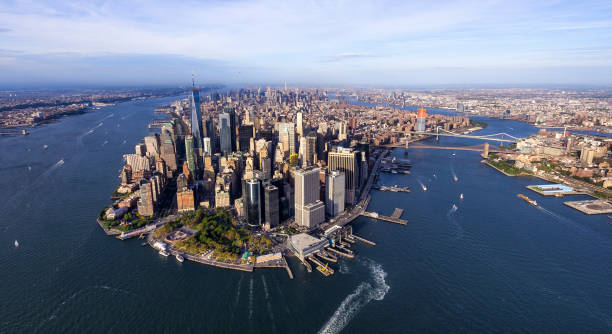 helicopter aerial view of manhattan Aerial view of downtown district of manhattan. New York manhattan financial district stock pictures, royalty-free photos & images