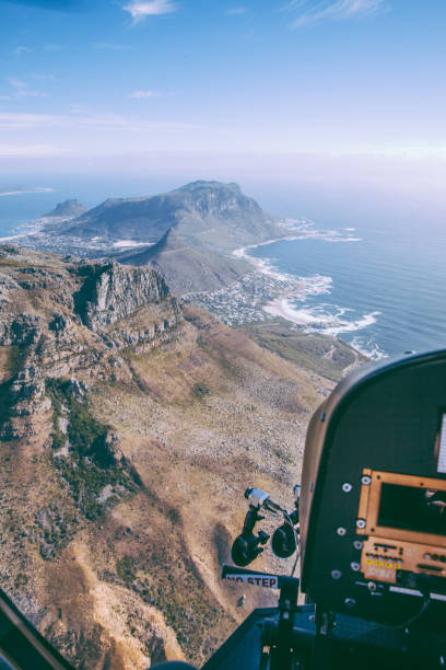 helicopter flight in cape town - cape peninsula stock pictures, royalty-free photos & images