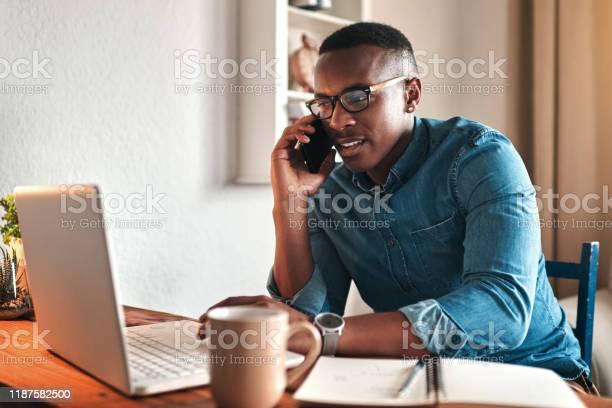 Hallo Kann Ich Ihnen Helfen Stockfoto und mehr Bilder von Afrikanischer Abstammung