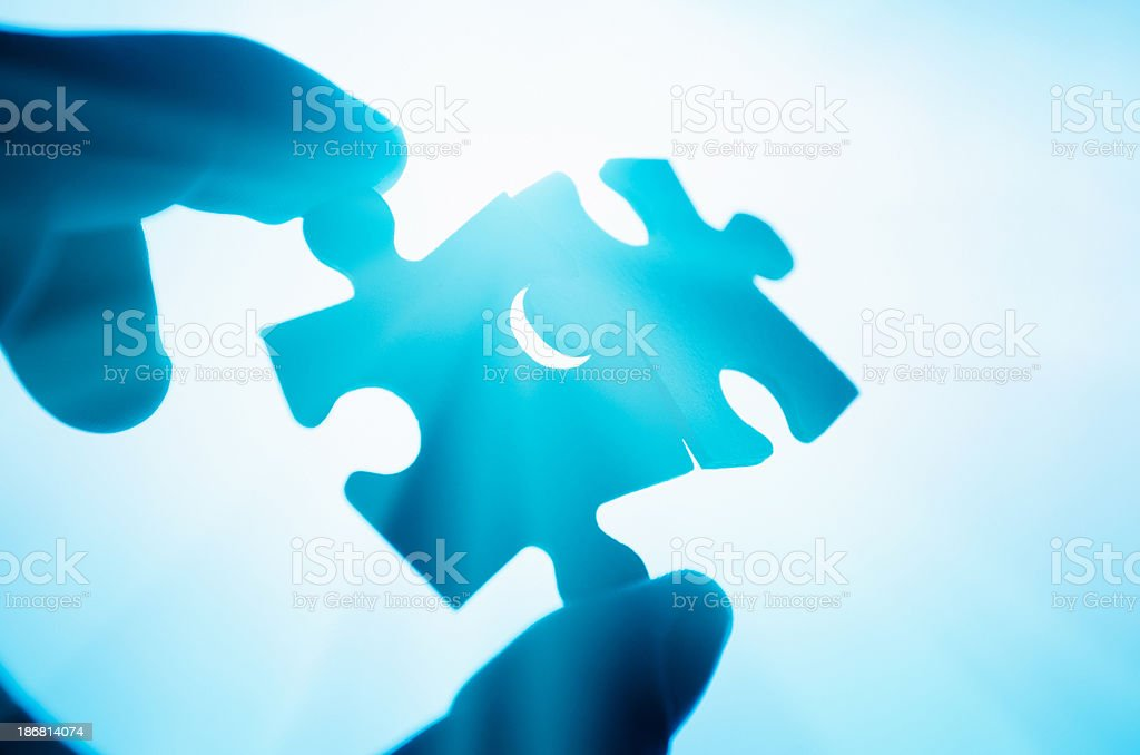 helping the puzzle connection - teamwork royalty-free stock photo