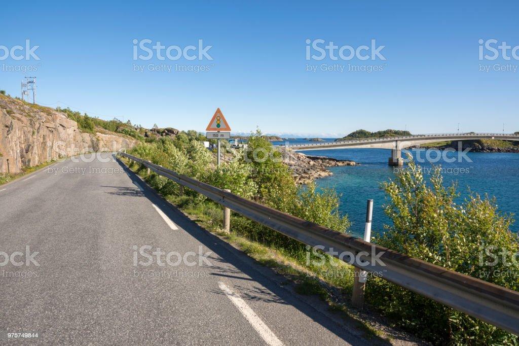 Henningsvær auf den Lofoten in Norwegen - Lizenzfrei Berg Stock-Foto