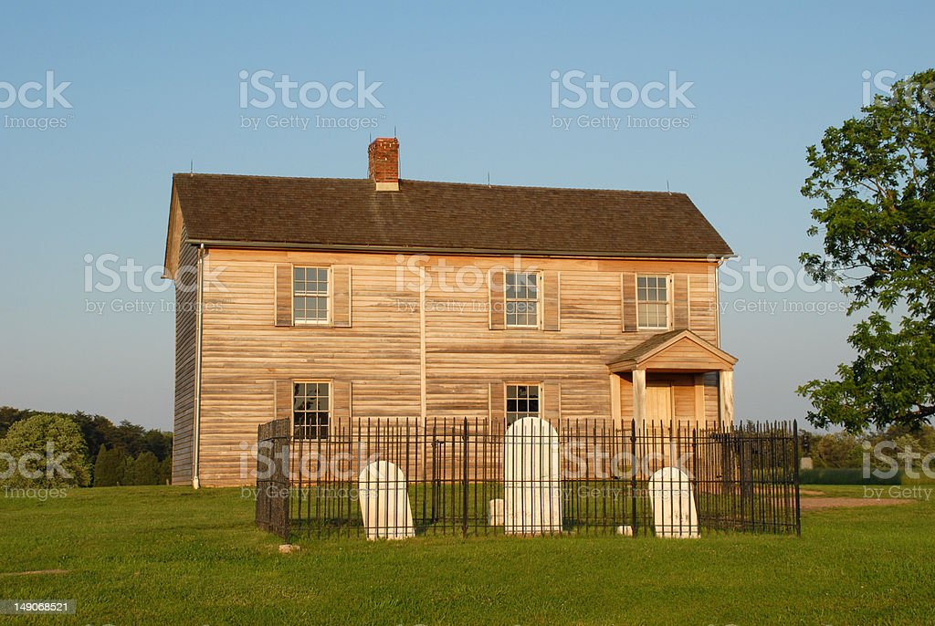 Henry House and cemetery at Manassas stock photo