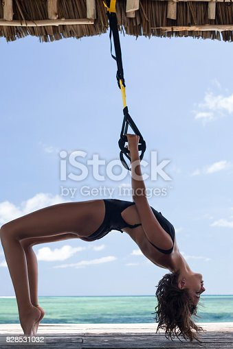istock Her seaside workout 828531032