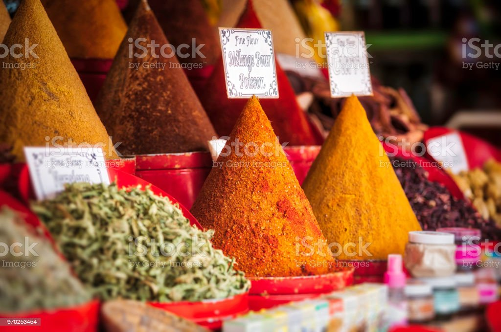 Herbs and spices for sale (HDRi) – zdjęcie